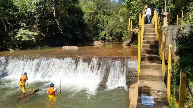 Cadastro de barragens para estudos técnicos